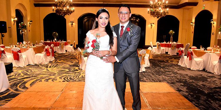 Heidy y Jorge celebraron su boda en el  Hotel Clarion junto a su familia y amigos