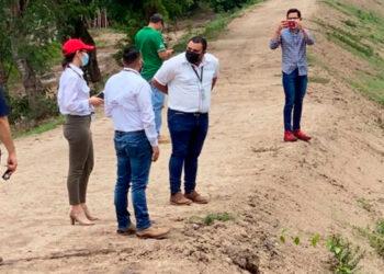 Los delegados de la CAHDA recorrieron las obras de rehabilitación de los bordos del Valle de Sula.