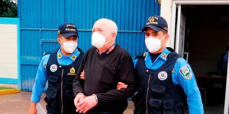 Al exgerente de Ciudad del Ángel, José Santos Arias Chicas, se le acusa del delito de otros fraudes continuados, en perjuicio de varias familias.