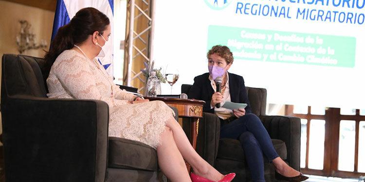 La Primera Dama, Ana García de Hernández, dialogó con la coordinadora residente del Sistema de las Naciones Unidas en Honduras, Alice Shackelford.