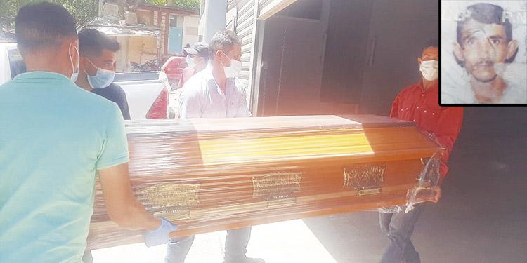 Isabel Laínez (foto inserta), según parientes, el martes anterior se desesperó y en un descuido se escapó de la casa y murió atropellado por un vehículo.