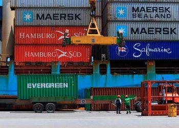 Pese a este auge, el saldo de la balanza comercial de Centroamérica frente a terceros fue de -3.1 por ciento con un déficit por 8,305.5 millones de dólares.