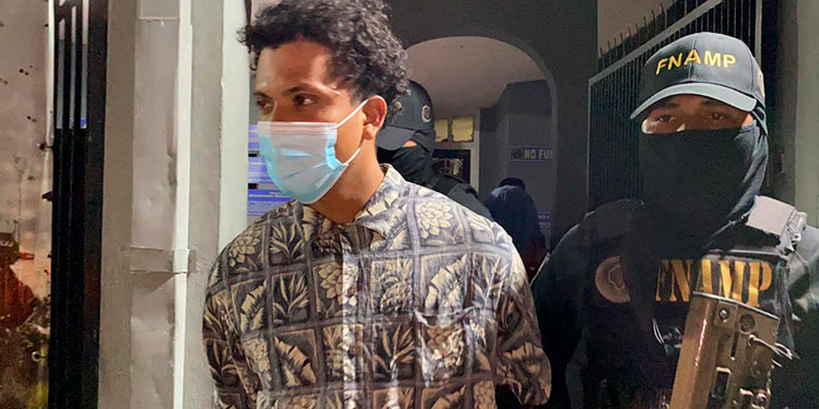 "Edward Ismael Cubas Oseguera (21), alias ""El Pingüino""."