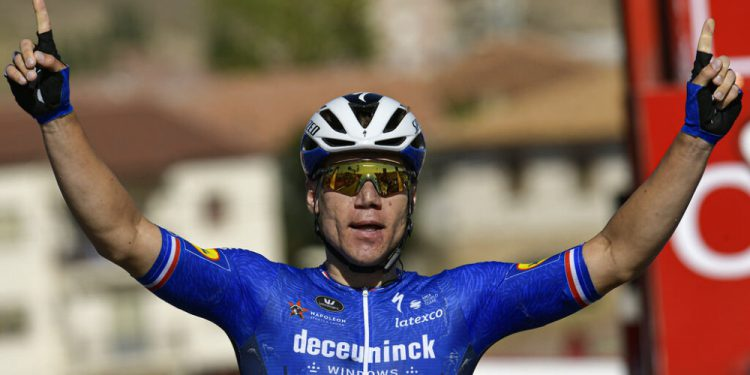 Fabio Jakobsen from the Netherlands, celebrates after winning the fourth stage between Burgo de Osma and Molina de Aragon, 163,9 kilometers of La Vuelta cycling race, northern Spain, Tuesday, Aug. 17, 2021. (AP Photo/Alvaro Barrientos)