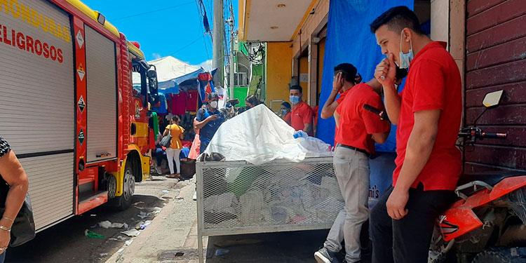 Por la emergencia dos personas fueron trasladadas de emergencia al Hospital Escuela por parte de varios cuerpos de socorro y paramédicos.