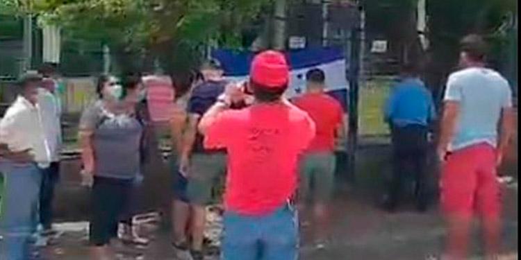 Desde la semana anterior los liberales se tomaron las instalaciones del Registro Nacional de las Personas, en Morolica, Choluteca.