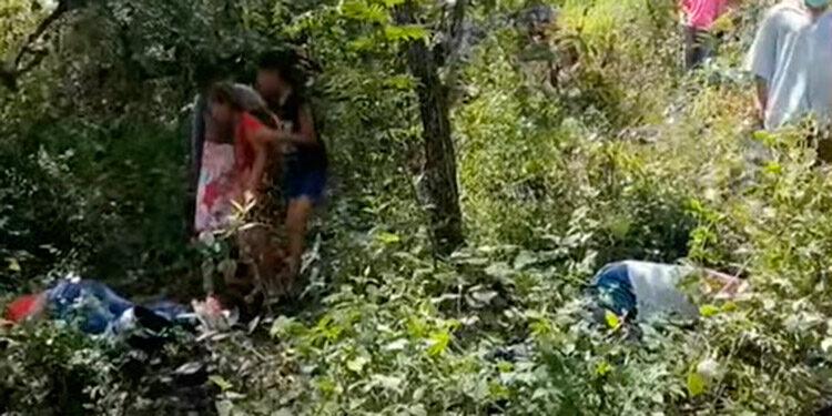 Las autoridades policiales hallaron algunos días atrás la motocicleta en que los jóvenes se trasladaban y ayer encontraron sus cadáveres.