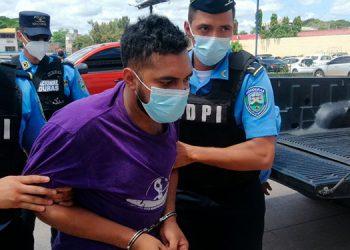 A Henry Arturo Bonilla Acevedo se le acusa de haber participado en el incendio de la entrada de la embajada de Estados Unidos en la capital.