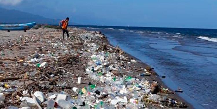 Se estima que unos 21 municipios arrojan desechos a los afluentes del río Motagua.