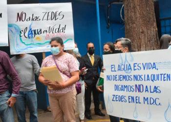 Durante la protesta, los pobladores exigieron no crear ninguna ZEDE en La Tigra, como trascendió en redes sociales.