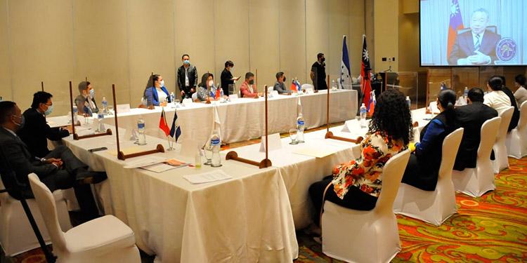 En videoconferencia, con periodistas hondureños, el vicecanciller de Taiwán confirmó la ayuda que su país brindará a Honduras.