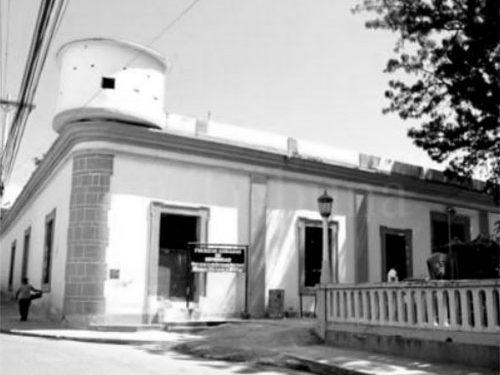 1 El Cuartel de San Francisco donde se escenificó la rebelión del 1 de Agosto de 1956.
