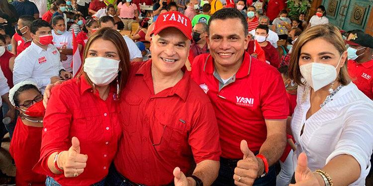 Yani Rosenthal recalcó su apoyo a Toñito Rivera para recuperar la alcaldía de San Pedro Sula.