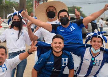 Para el próximo juego de Honduras los aficionados deberán de presentar su carnet de vacuna.