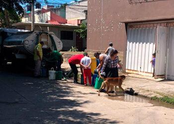 Hasta 15 días sin el líquido vital pasan los habitantes de Ciudad Lempira, El Mogote, entre otras colonias.