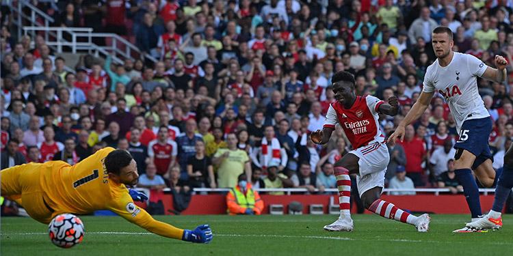 El Arsenal sorprendió goleando al Tottenham.
