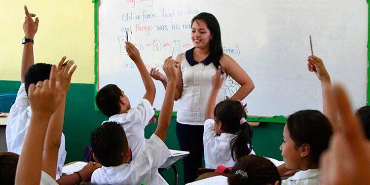 La organización enfatizó que la educación escolar en Honduras presenta un gran atraso en materia de deserción.