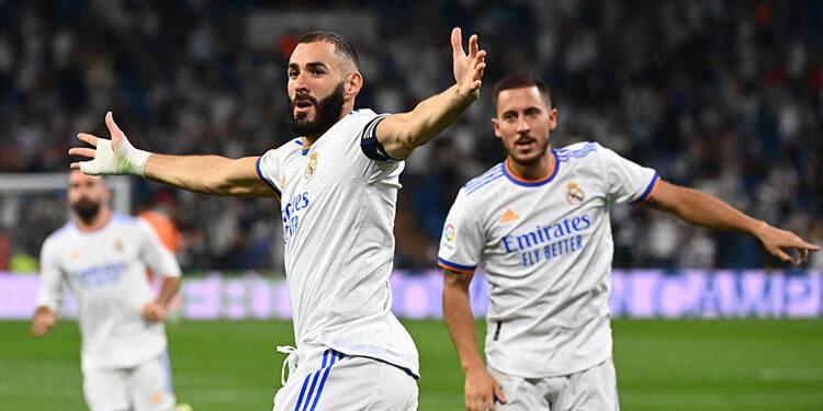 Triplete de Benzema hoy en la goleada del Real Madrid.