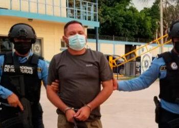 Carlos Reniery Valladares Rodríguez fue capturado ayer por agentes de la DPI, por el crimen de la abogada Cintya Yareli Sierra Maradiaga, supuestamente cegado por los celos.