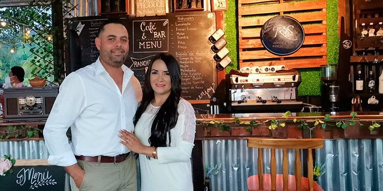 Keny Rodríguez y Yenny Velásquez.
