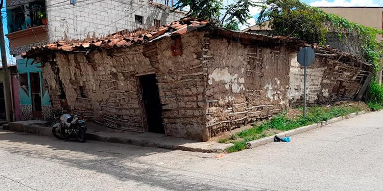 Casa de bahareque ubicada en el Barrio Arriba de Comayagua.