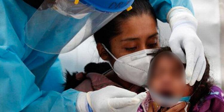 Médicos advierten que la variante Delta del COVID-19, es mucho más agresiva entre la población infantil.