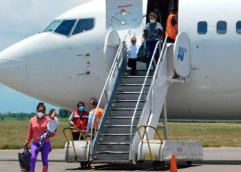 Este año se han registrado 38,576 compatriotas deportados desde México y Estados Unidos.