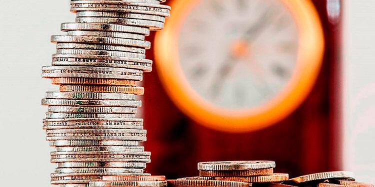 Analistas coinciden que la depreciación se convierte en una manera de captación de más tributos, en vista que el Presupuesto General de la República 2022 no contempla tasa impositiva.