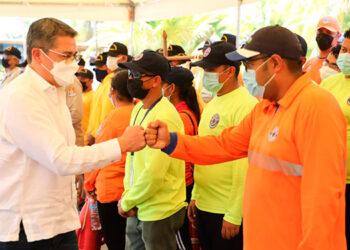 El Presidente Juan Orlando Hernández destacó el incesante trabajo realizado por los cuerpos encargados de la prevención y seguridad.