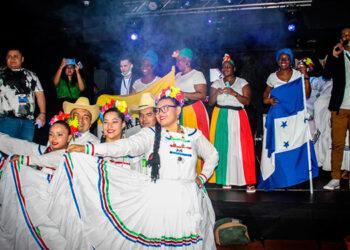 """La fiesta """"La gozadera Catracha"""" fue dedicada al Bicentenario de Independencia patria, con alegría y orgullo hondureño."""