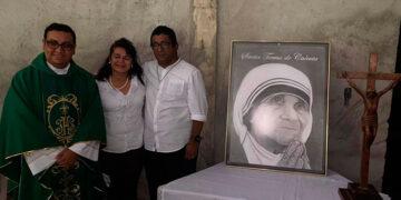 Al evento llegó el alcalde Quintín Soriano, junto a su esposa y autoridades de la Iglesia Católica de Choluteca.