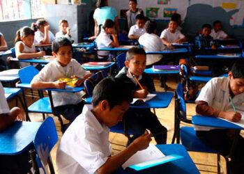 """El proyecto """"De Lectores a Líderes"""", abarcará a 1,800 niños y niñas de educación básica en Francisco Morazán, Cortés, Santa Bárbara, Choluteca y El Paraíso."""