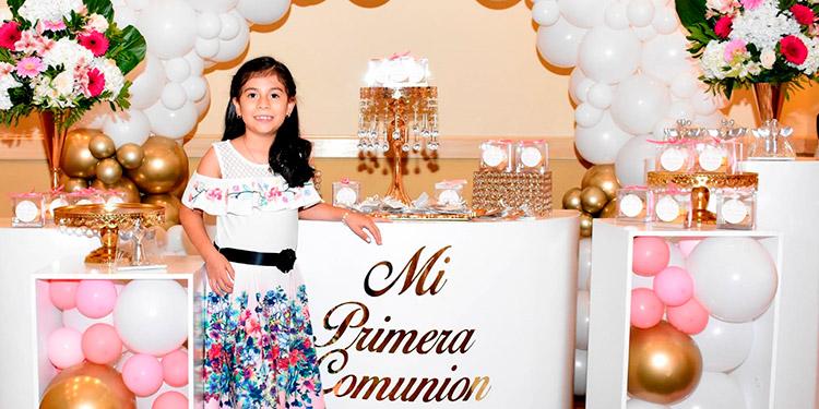 Camila María Reyes celebró su Primera Comunión el pasado 25 de septiembre.