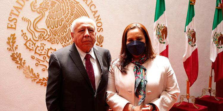 La Primera Dama, Ana García de Hernández, y el comisionado de Migración de México, Francisco Garduño, hablaron de los retornos bajo Título 42, desde ciudades como McAllen y Brownsville en Texas.
