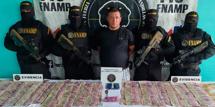 """""""El Parce"""" y sus cómplices de """"Los Colombianos"""", son sindicados de una serie de hechos delictivo en la región de La Ceiba, Atlántida."""