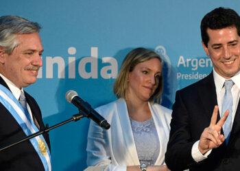 Cinco ministros del gobierno argentino pusieron su renuncia a disposición del presidente del país, Alberto Fernández, tras la derrota electoral en las primarias legislativas del pasado domingo. (LASSERFOTO  AFP)