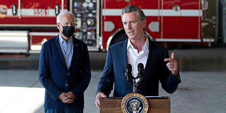 Los californianos decidirán este martes en las urnas si quieren que su gobernador Gavin Newsom siga en el cargo o si prefieren que otro candidato asuma el Estado hasta el fin de su mandato, en enero del 2023. (LASSERFOTO EFE)