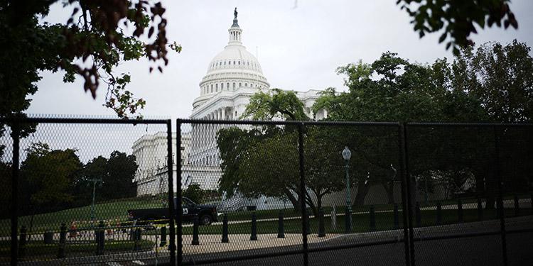 Washington entró en alerta máxima ante una manifestación en apoyo a los partidarios del expresidente Donald Trump que asaltaron en enero el Capitolio de Estados Unidos. (LASSERFOTO AFP)
