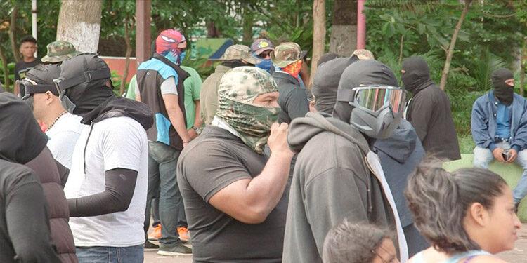 """El gobierno de Estados Unidos informó que sus ciudadanos han sido objeto de """"acoso y agresión"""" por parte de """"personas enmascaradas"""" en Nicaragua."""