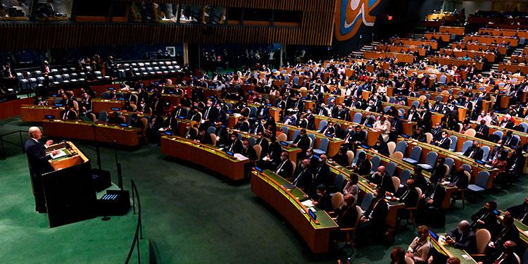 """""""No queremos una nueva Guerra Fría o un mundo dividido en bloques rígidos"""", dijo el presidente de Estados Unidos en el primer discurso de su mandato en la Asamblea General de la ONU.   (LASSERFOTO EFE)"""