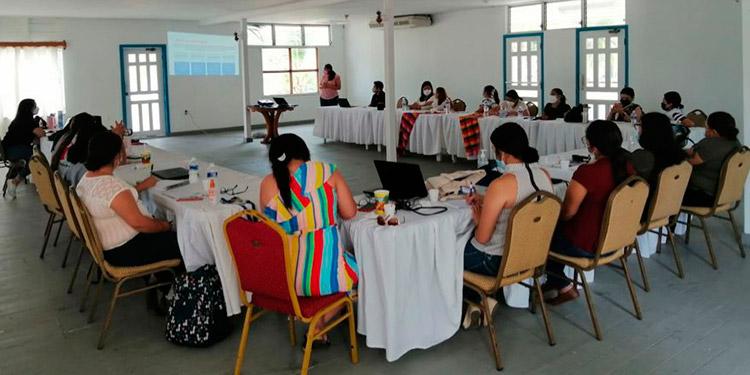 La capacitación se realizó con el acompañamiento de las coordinadoras de programas técnicos y de Oficinas Regionales y del jefe del Programa de Migración de la Dinaf.