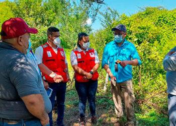 Los geólogos del IHCT se hicieron acompañar por miembros de la Cruz Roja, Codem y Mesa de Gestión de Riesgos.