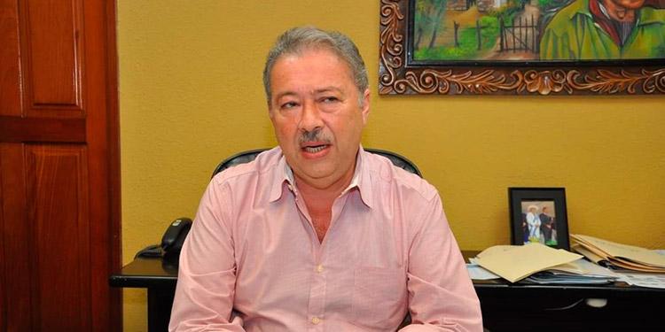 Ramón Lara.