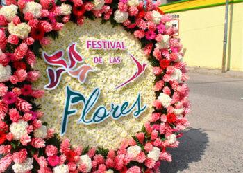 """El """"Paseo de Las Flores"""" contará con paradores fotográficos donde las tiendas y comercios engalanarán sus vitrinas con diseños florales."""