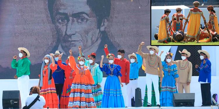 """La obra musical """"Soy Honduras"""" reunió el talento de actores, bailarines, músicos y grupos coreográficos """"catrachos""""."""