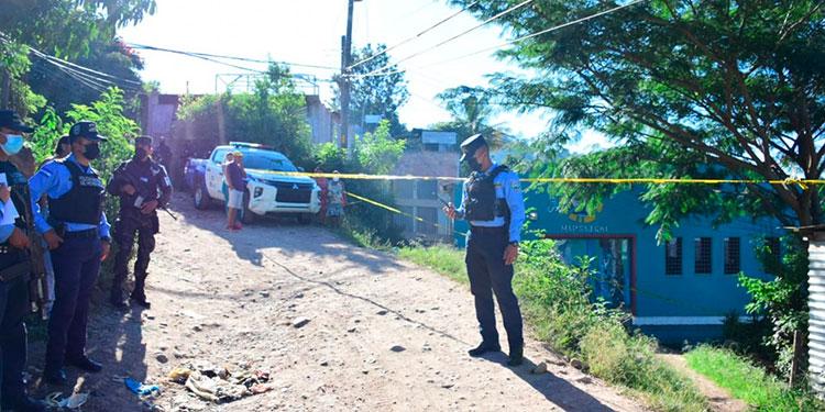 Desconocidos después de torturar a un joven fueron a tirar el cuerpo en un sector de la colonia Villanueva, zona oriental de Tegucigalpa.