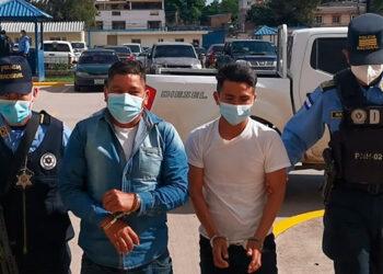 Marco Tulio Cruz y Maynor Antonio Cruz Flores fueron capturados por agentes de la DPI en la colonia Villanueva.