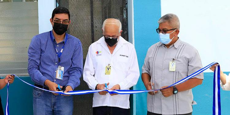 La moderna estación meteorológica aeronáutica inaugurada ayer por la AHAC está muy bien equipada con tecnología de punta.