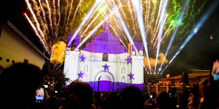 Los fuegos pirotécnicos en honor al bicentenario forman parte de las actividades que se realizarán en honor a la independencia.