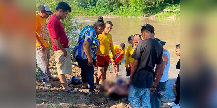 Bomberos rescataron los cuerpos sin vida de Alba Luz Fúnez Díaz (37) y Ana María Pagoada (32).